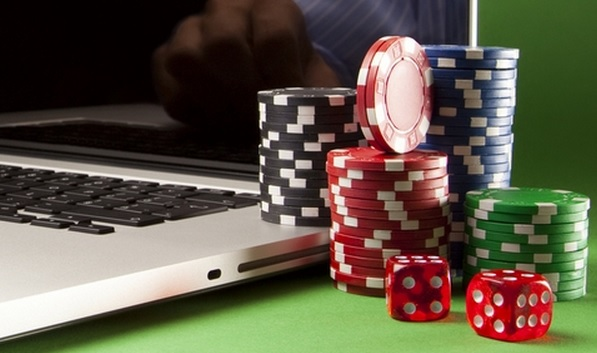 Saving Your Bankroll in Playing Online Poker