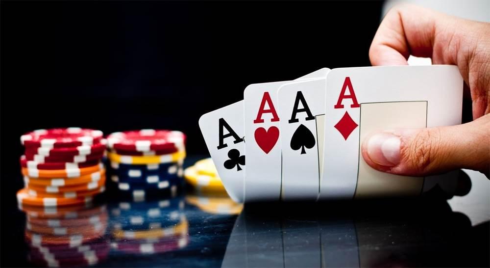 playing with bandarQ gambling service